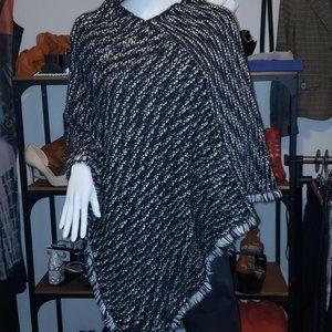 luxury black and white italian poncho wool, alpaga